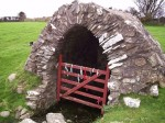 Holy well, Llanllawer, Pembs